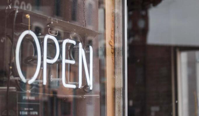 Restaurant-Wiedereröffnung-Gastronomie-SimplyDelivery